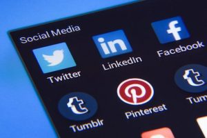 social media platforms for job recruiting